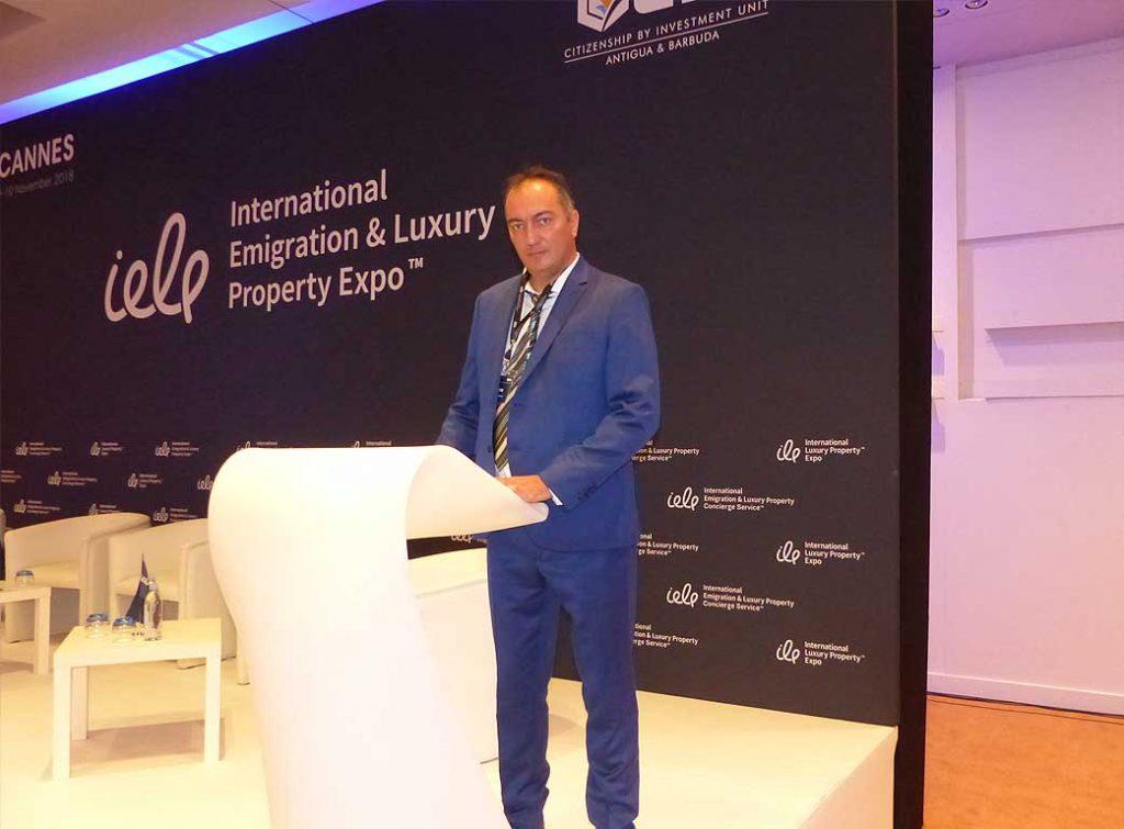 Alexander Dobrinov lecture in France